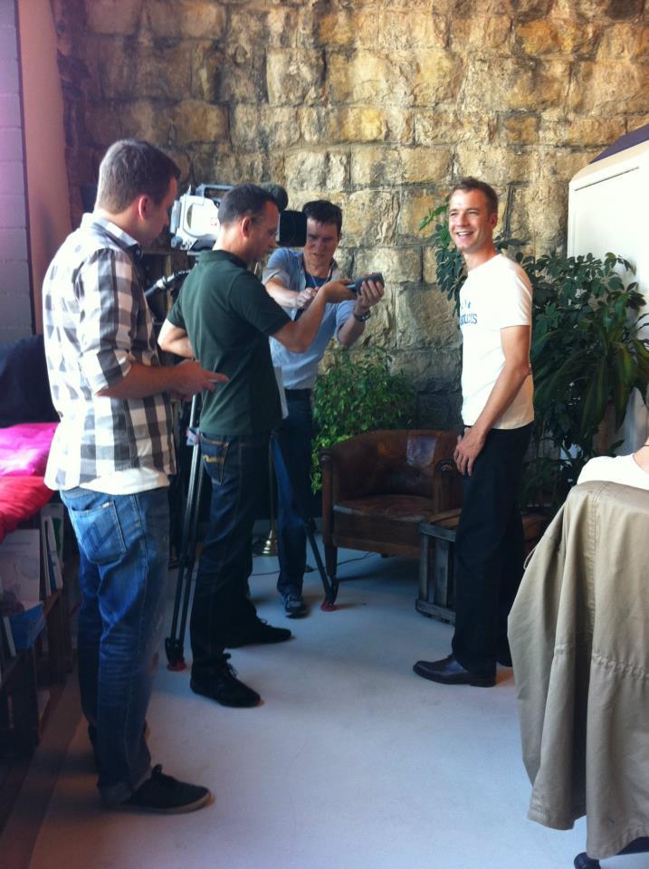 Interview mit Chris Seitz von SF TV am Zürcher Hub im Viadukt
