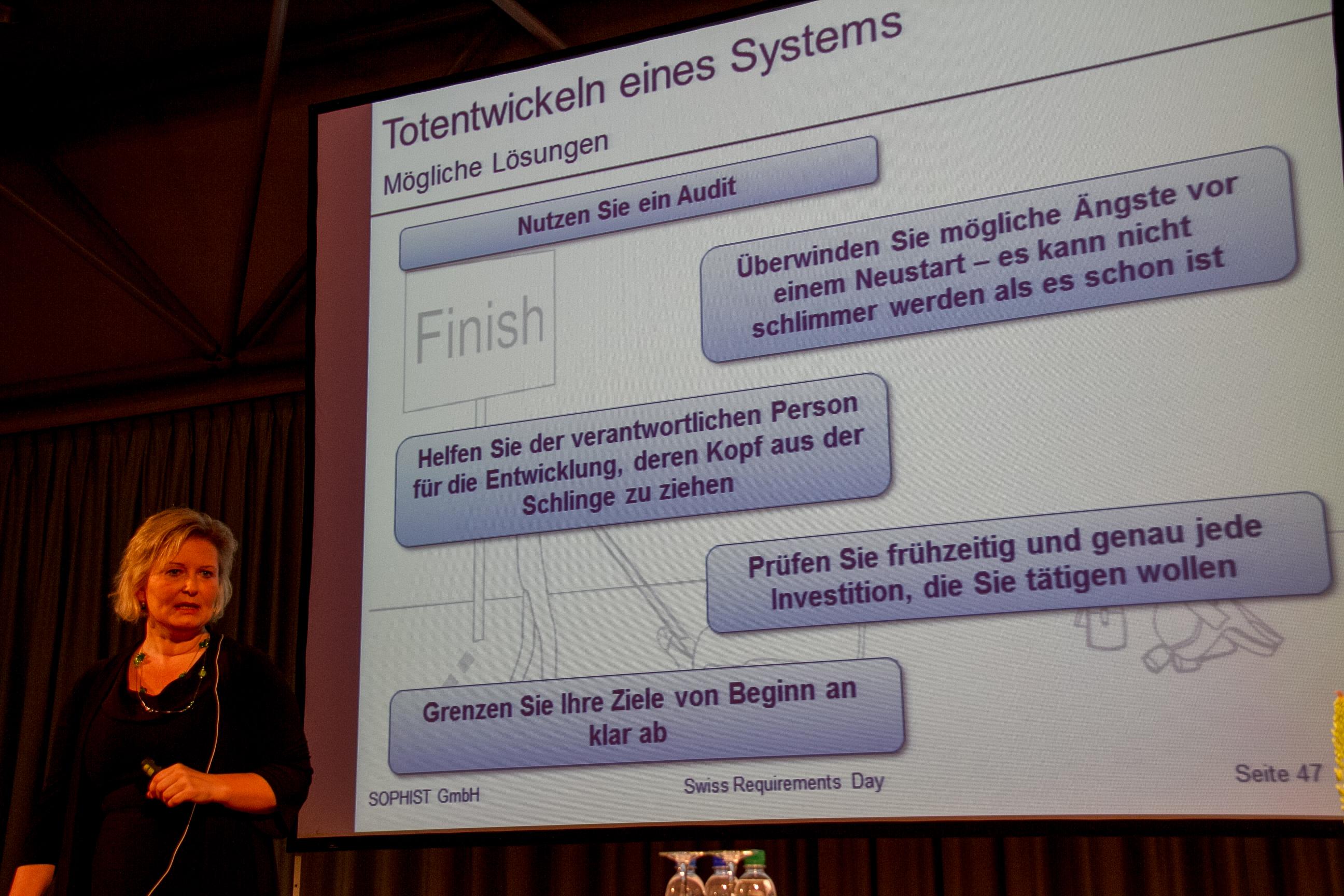 Chris Rupp: Loesungen gegen das Totentwickeln eines IT-Projekts (Vortrag-Slides)
