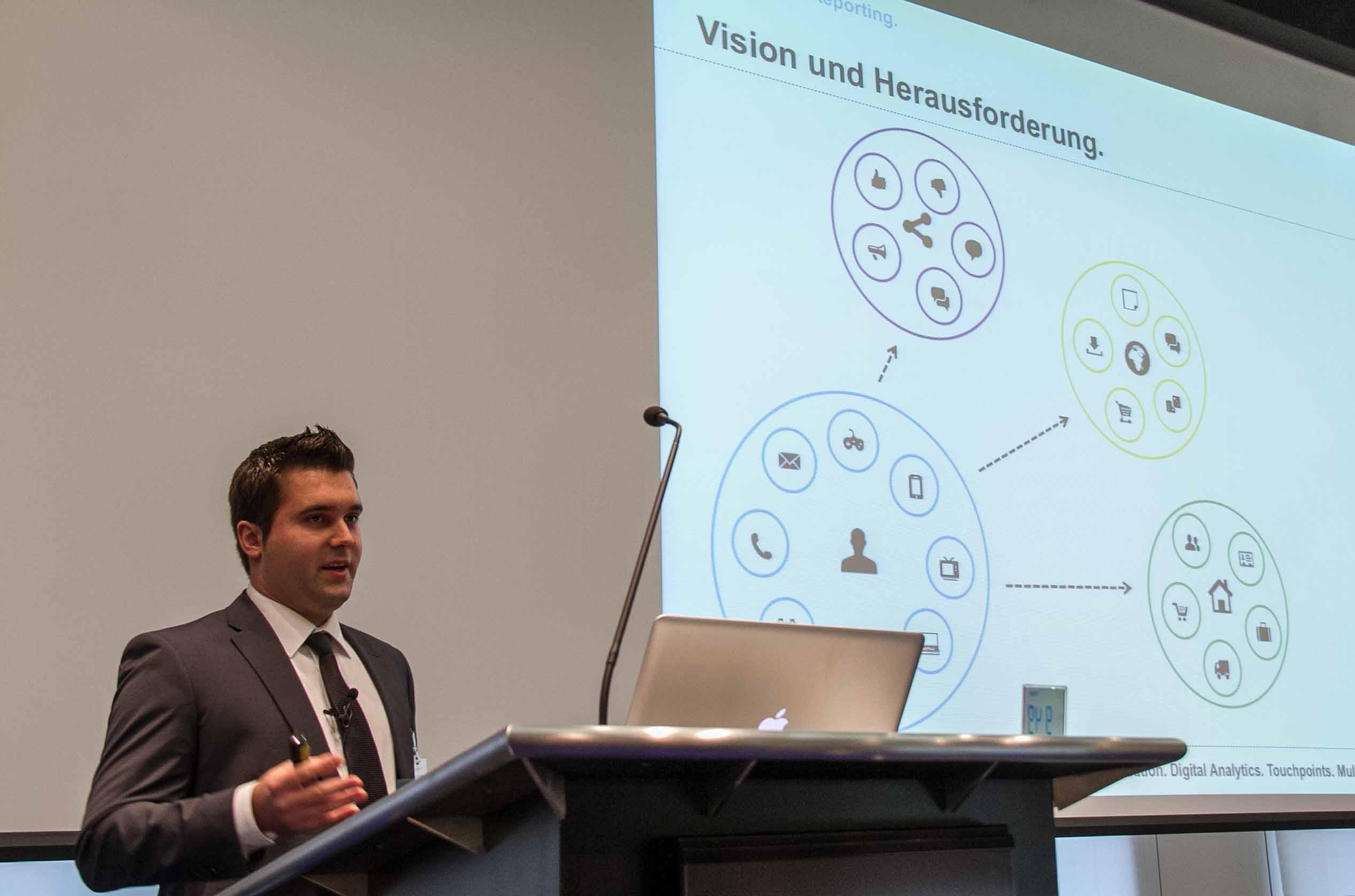 Emanuel-Baechtiger-Namics-Vision-360-Grad-Analytics-Reporting