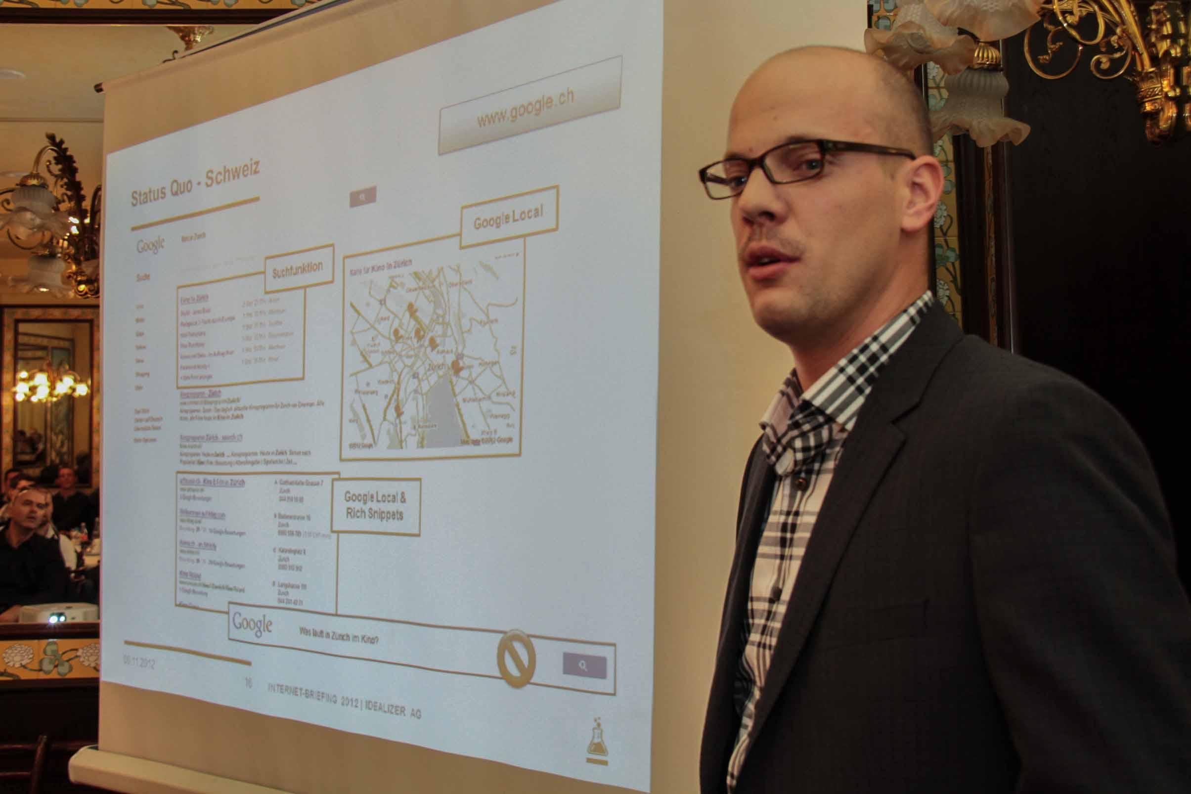 Raphael Bienz von Idealizer am Internet Briefing