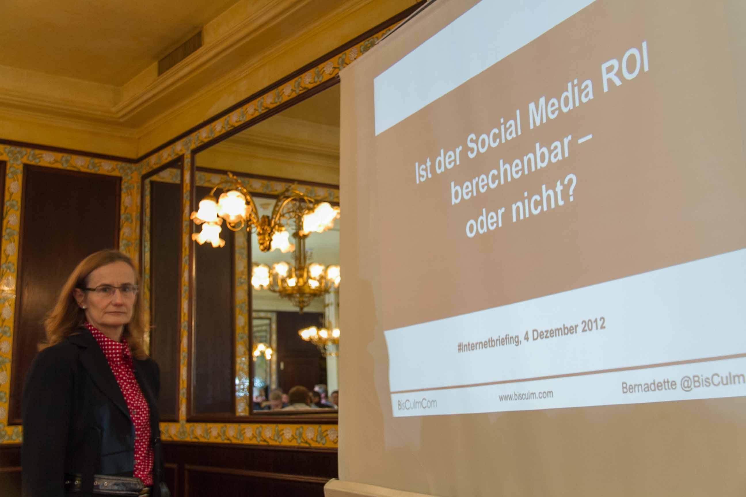 Bernadette Bisculm: Berechnen von Social Media ROI
