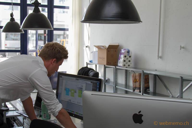 "BuddyBroker.com CEO Flurin Müller in der ""Garage"""