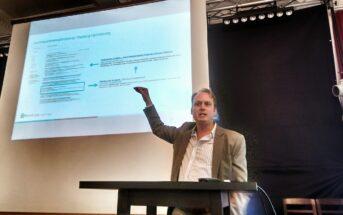 Patrick Price am Internet Briefing zum Thema SEO