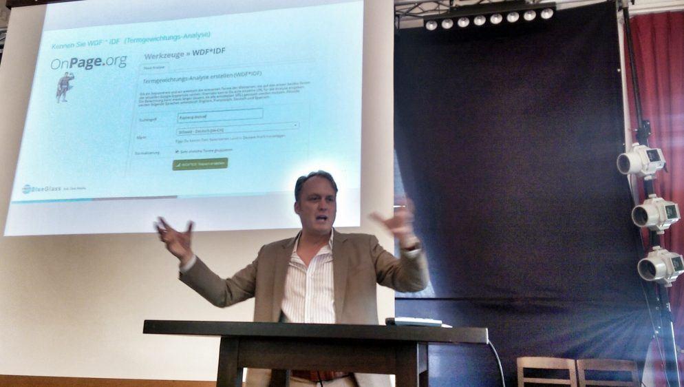 Patrick Price erklärt onpage.org und liefert Anhaltspunkte für Content-Optimierung