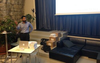Ash Maurya speaking in Zurich