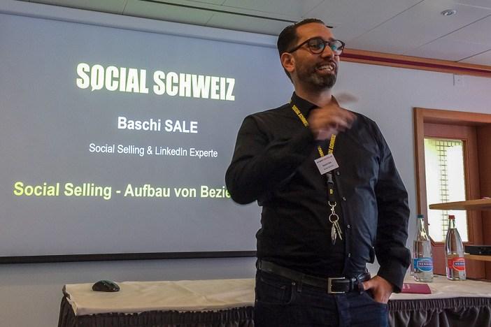 Baschi Sale am Internet-Briefing über Social Selling auf LinkedIn