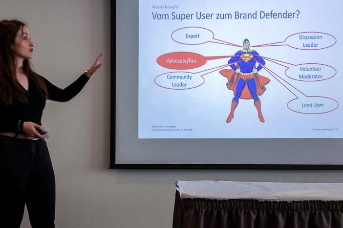 Vom Super User zum Brand Defender gemäss Senada Haralcic von Farner Consulting