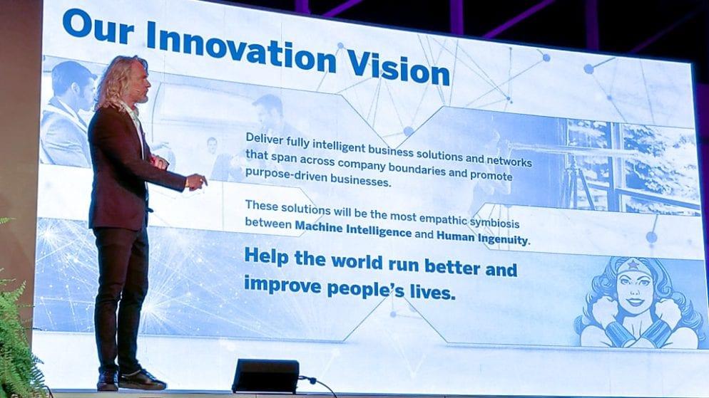 Digital Summit für KMU Keynote von Martin Wezowski - Design a future we want to live in!